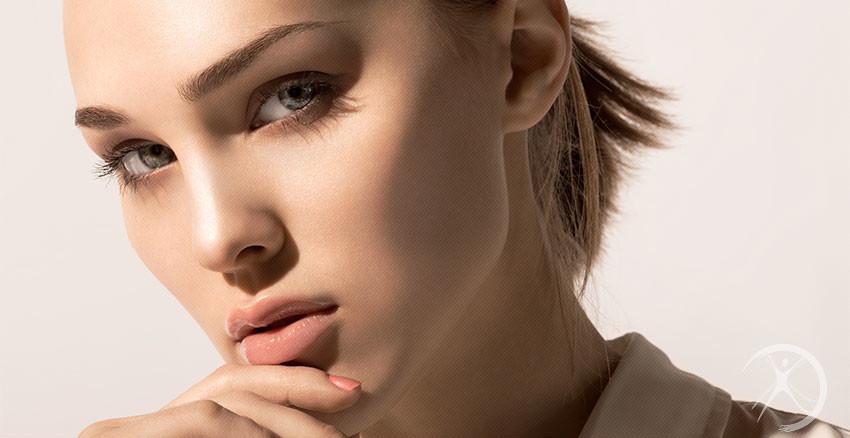 Outros implantes faciais – Cirurgia Estética