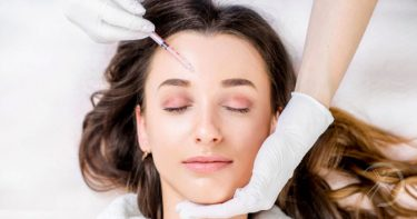 O que são e quais as diferenças entre botox e preenchimento facial