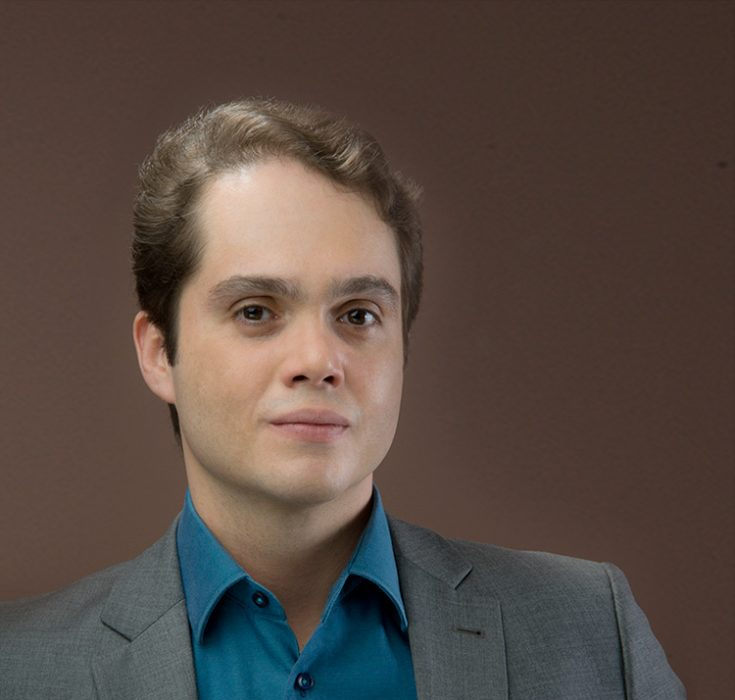 Dr. Fernando Rodrigues
